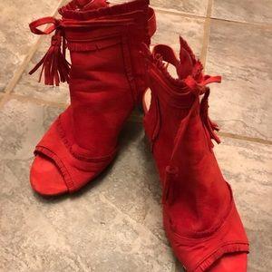 Red suede like Hot kiss heels
